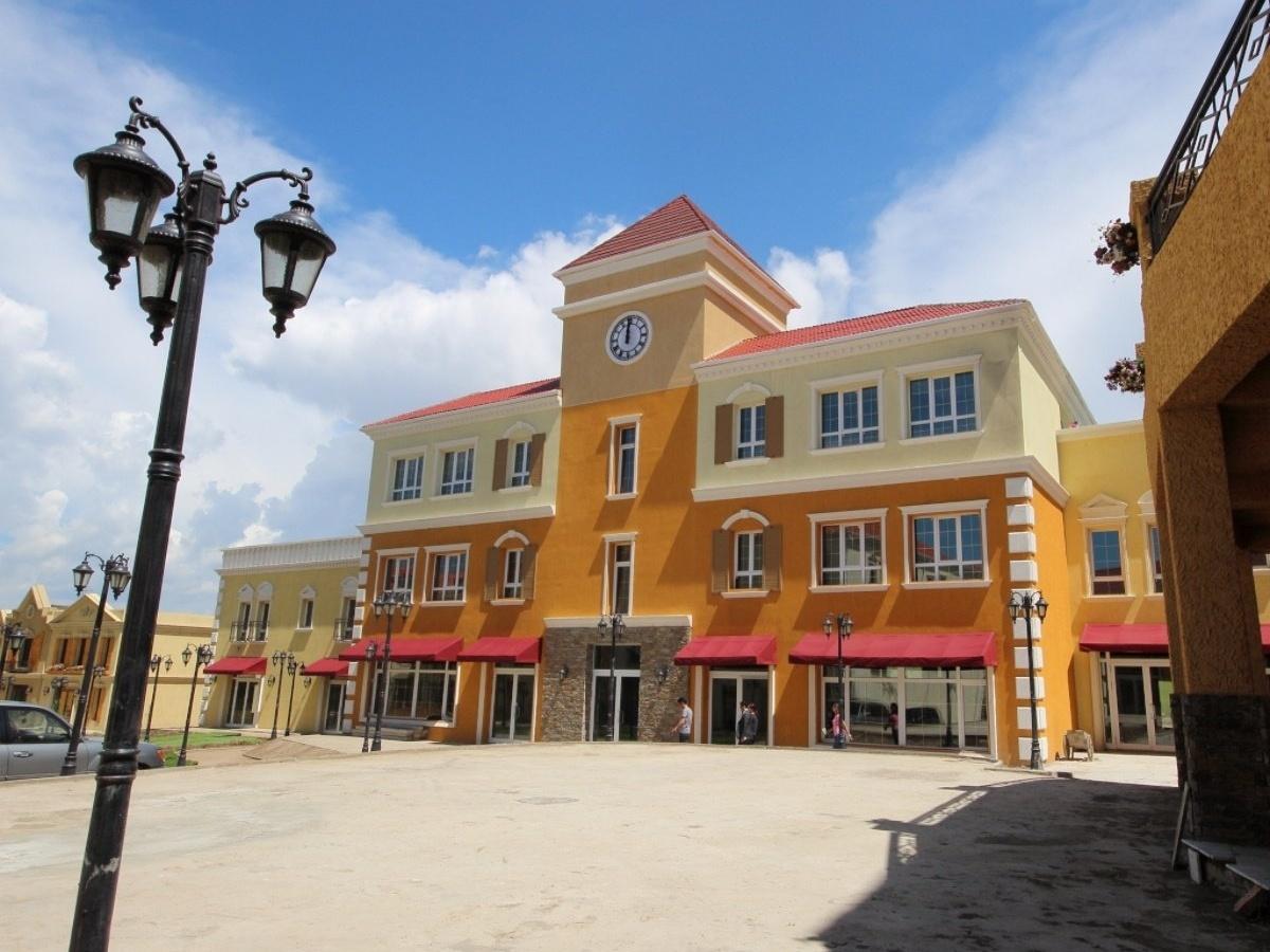 nukht Village Commercial building